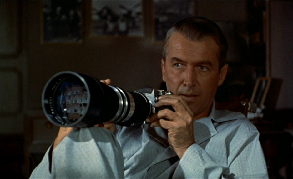 analysis and discusion on rear window Rear window (1954) directed by alfred hitchcock discussion questions (25 points) by the late 1940s, hitchcock had made roughly 40 films and entered into his experimental phase.
